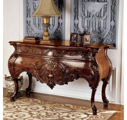 Curves and Carvings Colonial French Console 0129