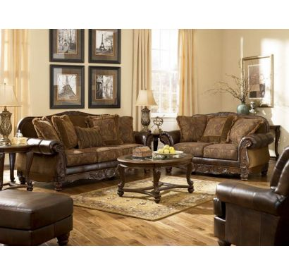 Curves & Carvings Signature Collection Sofa - C&C SOF0632